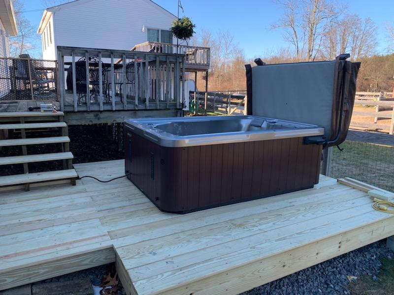 can I put a hot tub on a deck?